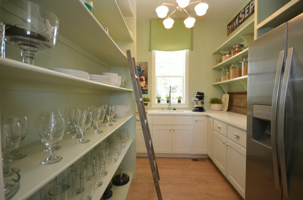 farmhouse pantry with quick step malted tawny oak laminate